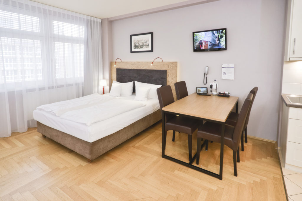Comfort Studio Apartment mit 2 Doppelbetten / with two double beds