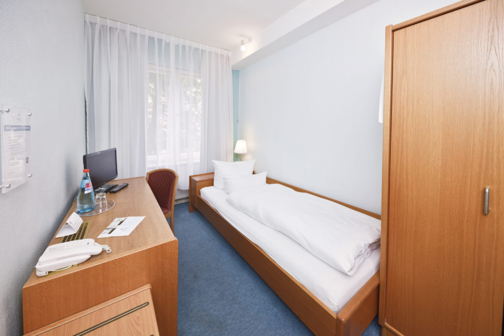 Einzelzimmer / single room